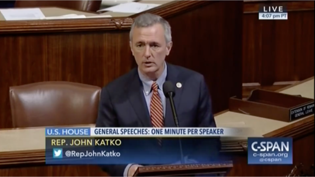 Rep. John Katko honoring Coach Boeheim on the House floor.